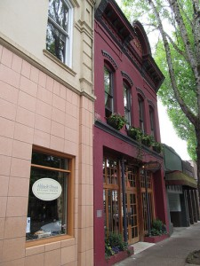 Relax in Historic Downtown McMinnville 1